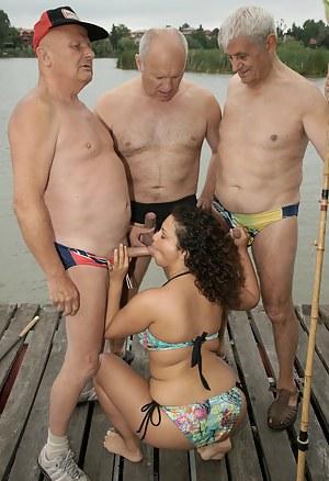 Fresh Teen Blowbang Porn Pictures