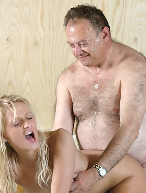 Teen washing old man his car before she gets fucked by him