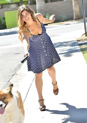 Pretty Dog Walker
