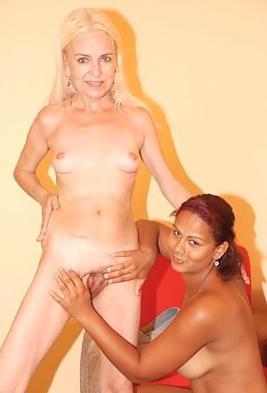 Fresh Lesbian Teen Interracial Porn Pictures