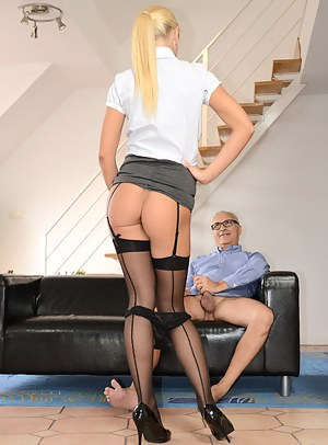 Fresh Teen Seduction Porn Pictures